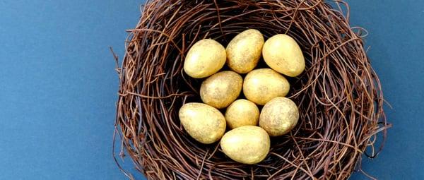 banner-golden-easter-eggs