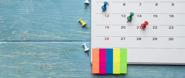 banner-calendar-blue-wood